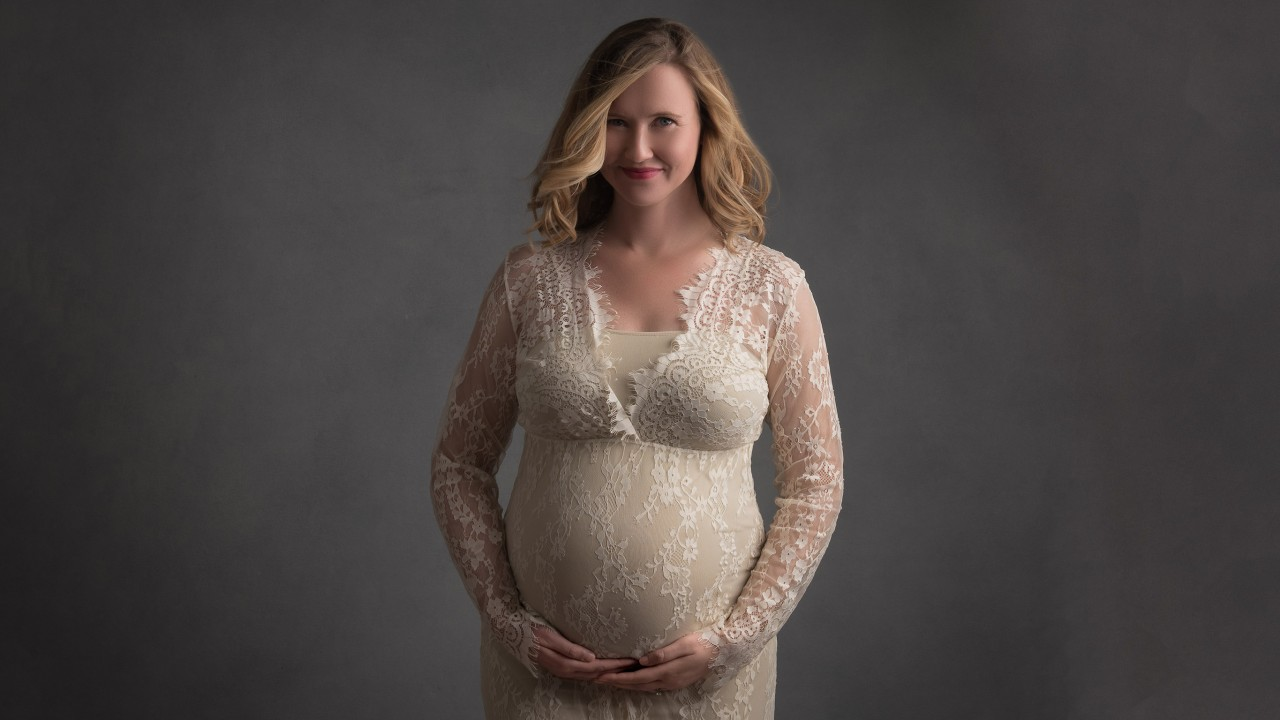 011-Maternity-photography-and-newborn-photograher-in-Brevard-County-Florida-Truly-Madly-Deeply-0photography-studio