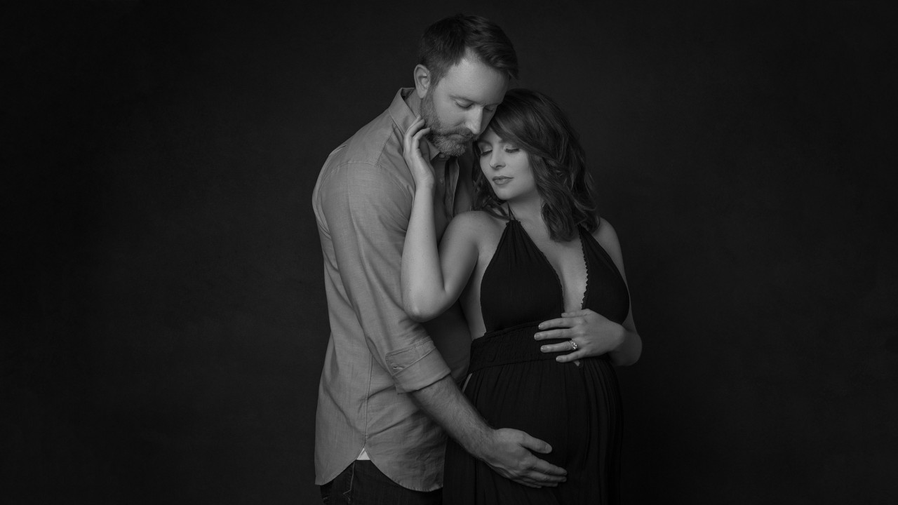 018-Maternity-photography-and-newborn-photograher-in-Brevard-County-Florida-Truly-Madly-Deeply-0photography-studio